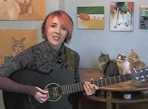 Gente gatto Internet: chiedendosi come ottenere l`odore della pipì di gatto da casa tua? Questa canzone è per te
