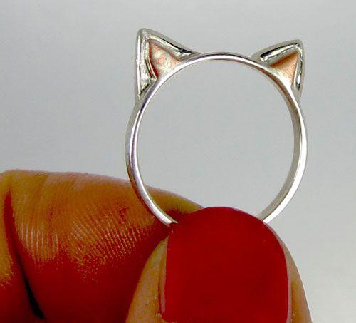 Vinci un anello per le orecchie di gatto in argento sterling